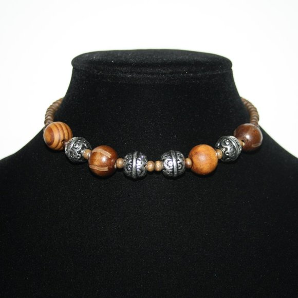 """Beautiful wooden and silver choker necklace 14-17"""""""